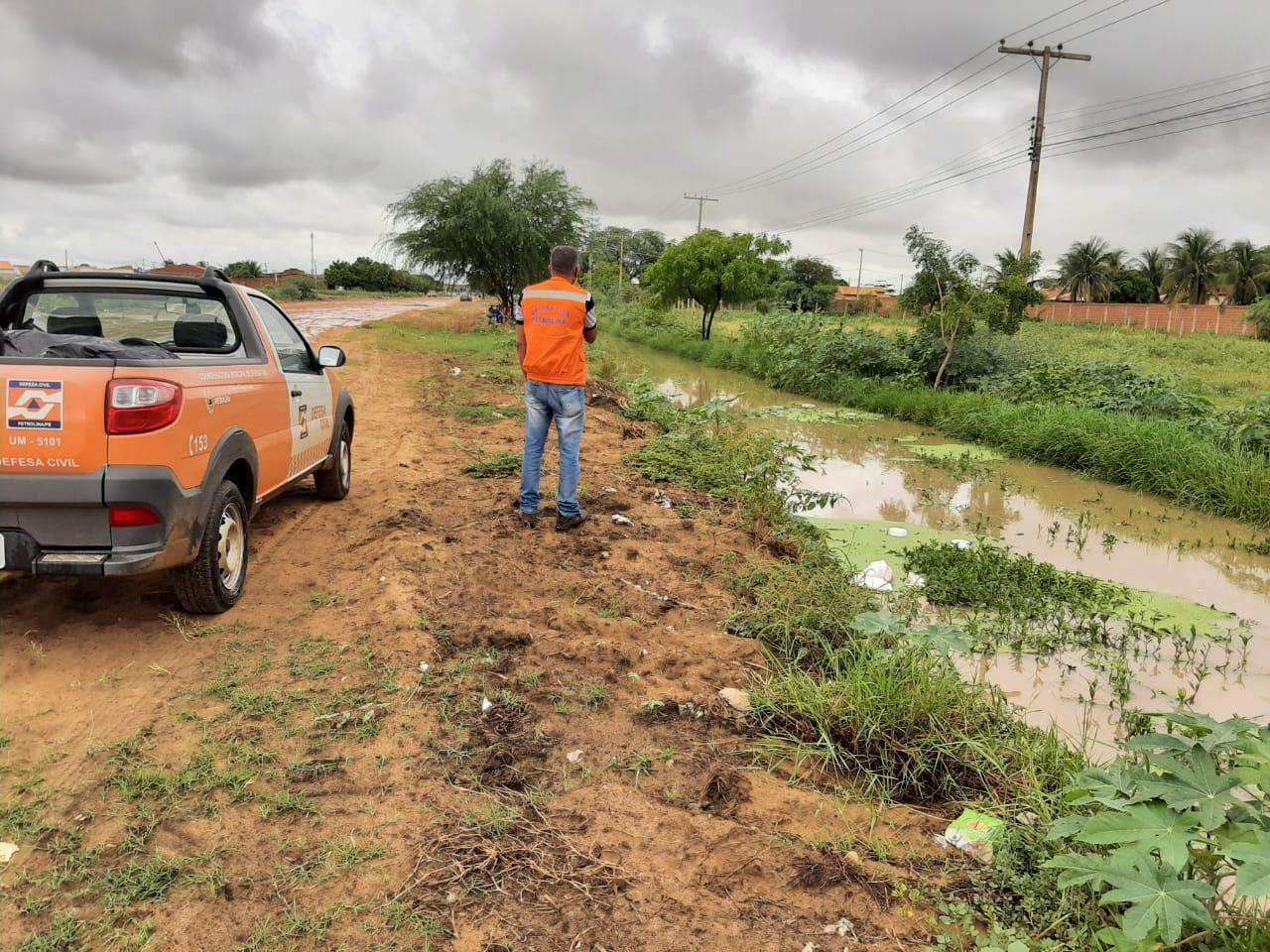 Defesa Civil alerta para possibilidade de continuidade das chuvas até este sábado