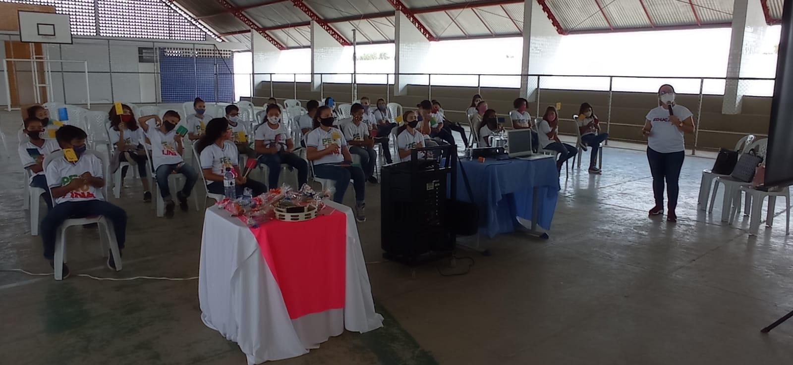 Escolas municipais de Petrolina se preparam para as provas do Saeb